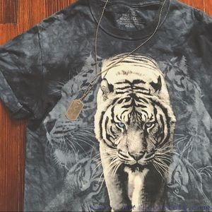 """2PP VINTAGE // Blue """"The Mountain"""" tiger t-shirt"""
